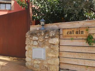 Entrance to the house - Rent apartment in Sant Jordi Desvalls, Diana, Girona