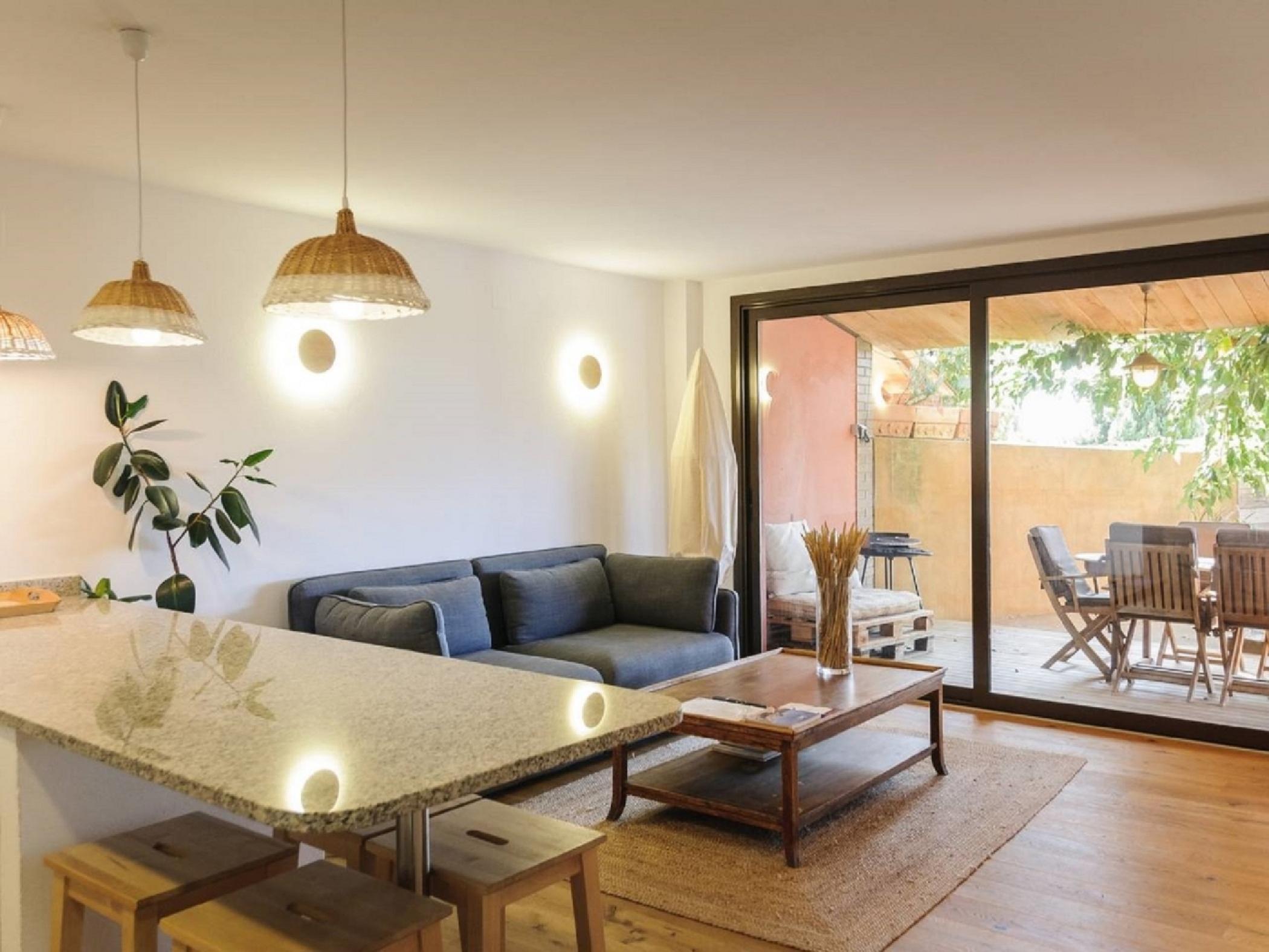 Meuble Salle De Bain Girona louer villa avec piscine à sant jordi desvalls - casa rustica en sant jordi  desvalls cal nin