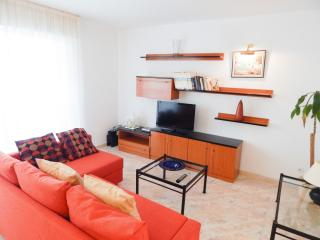 Rent Apartment at Platja d'Aro - Platja d'Aro Down with garden and PK in the center
