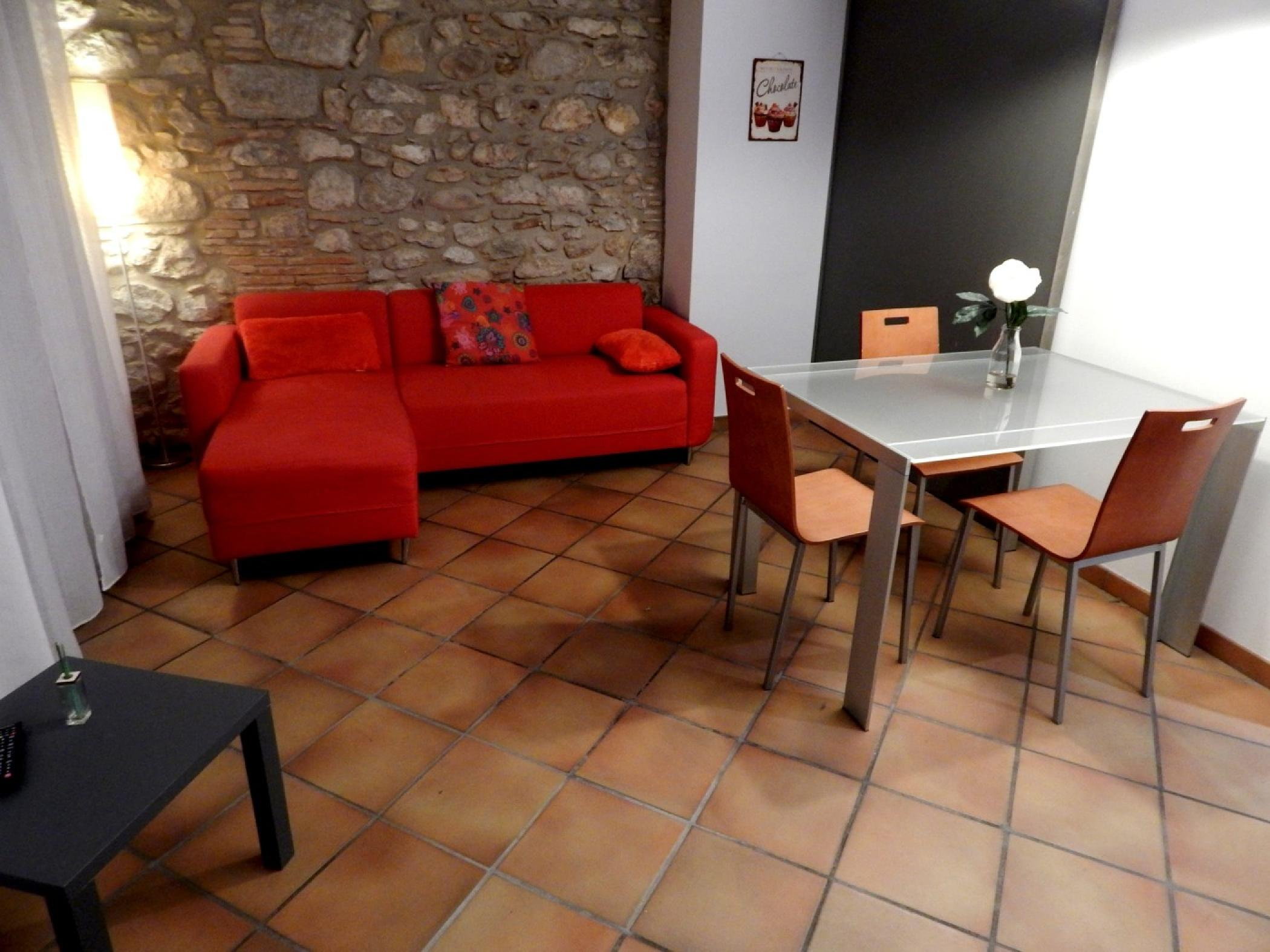 Rent Apartment in Girona - Girona Loft Muralla 2 - 3