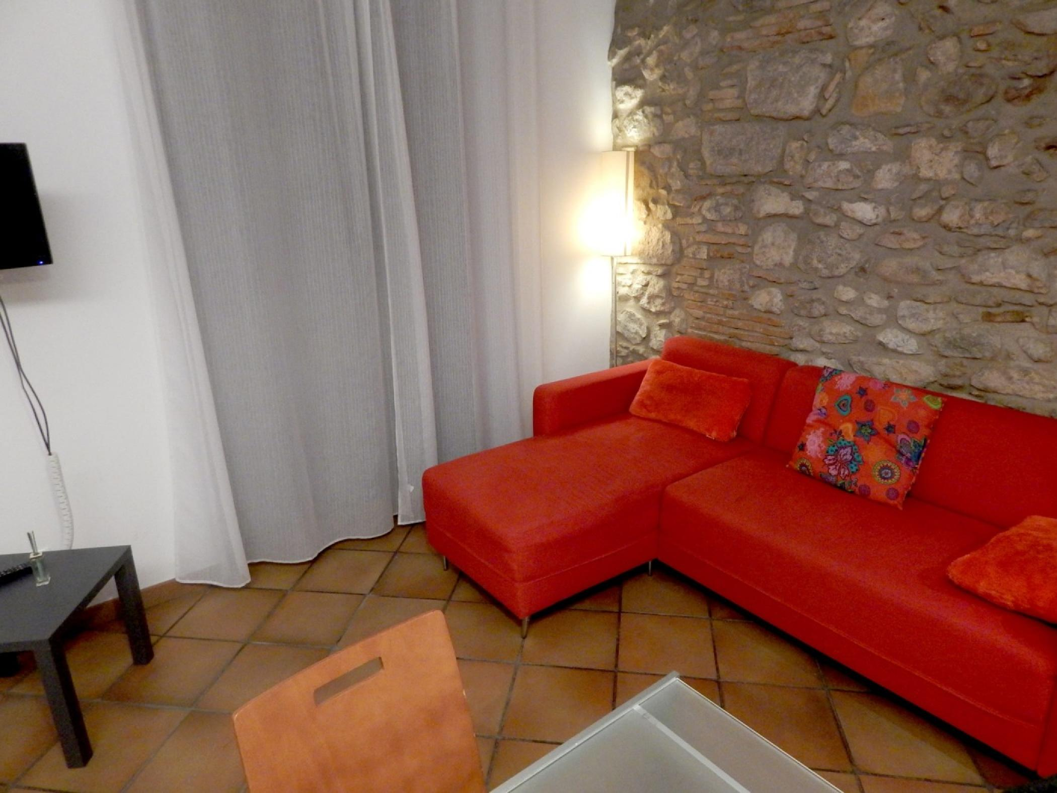 Rent Apartment in Girona - Girona Loft Muralla 2 - 5
