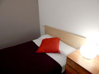 Rent Apartment in Girona - Girona Loft Muralla 2 - 7