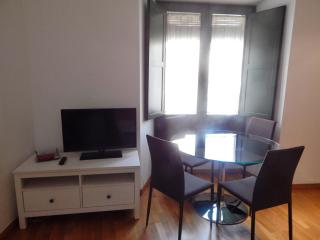 Rent Apartment in Girona - Girona Pou Rodó 22 - 3