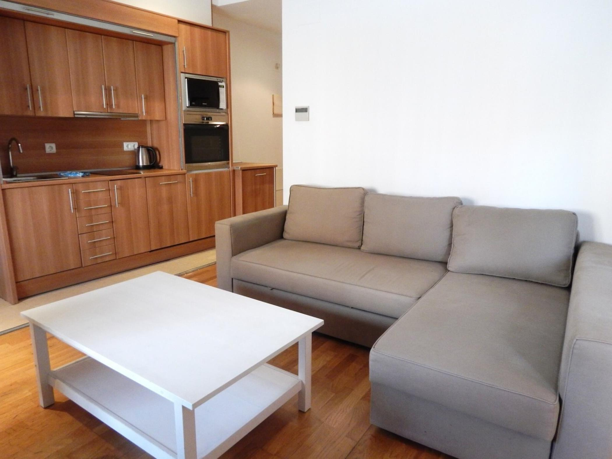 Rent Apartment in Girona - Girona Pou Rodó 22 - 5