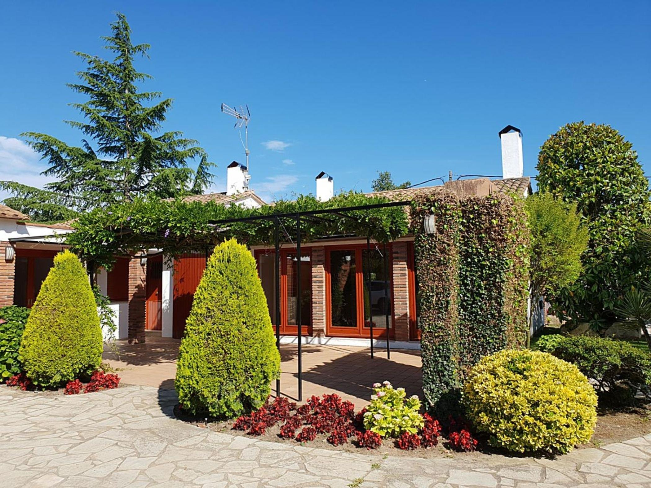 Rent Villa with Swimming pool in Caldes de Malavella - Villa a Caldes de Malavella Molins - 1